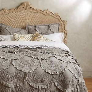 Anthropologie Rivulets Jersey Quilt and Shams.